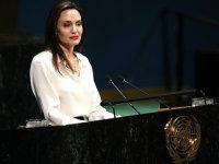 Jolie'den hükümetlere çağrı