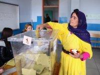 Türkiye sandık başında! Seçime damga vuran fotoğraflar