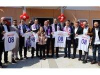 Beşiktaş Kulübü Başkanı Fikret Orman memleketi Hopa'da anaokulu açılışına katıldı