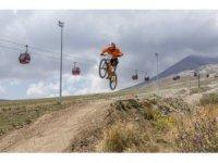 IXS Downhill Avrupa Kupası Türkiye'de ilk kez Erciyes'te düzenlenecek