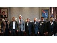 İl Genel Meclisi Başkanı Yılmaz ve Encümen üyelerinden Başkan Işık'a tebrik