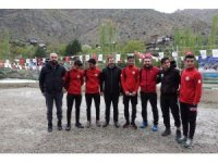 Yusufeli akarsu kano slalom bahar kupası yarışları başladı