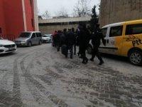 Mardin'de FETÖ operasyonu: 5 tutuklama