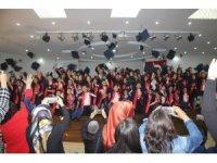 Kardelen Koleji'nde İlkokul 4. sınıf mezuniyet töreni düzenlendi