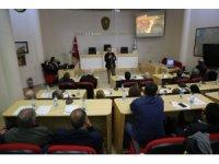 Burhaniye' de Kuzey Ege Arkeoloji Araştırma ve Uygulama Merkezi paneli düzenlendi