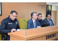 Edremit'te yeni dönemin ilk muhtarlar toplantısı yapıldı