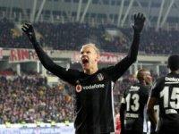 Kartal takipte! Sivasspor-Beşiktaş: 1-2