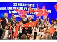 3 ilçede de başkanlar koltuklarını devretti, İZTO'da Çocuk Meclisi oluşturuldu