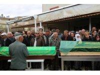 Tunceli'de bıçaklanarak öldürülen anne ve oğlu son yolculuğuna uğurlandı