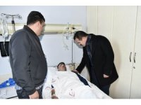 Vali Akbıyık yaralı askerleri ziyaret etti