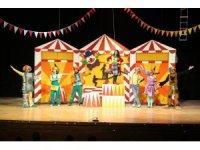 Kütahyalı çocuklar, 23 Nisan'ı eğlenerek kutladı