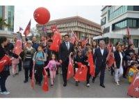Aliağa'da binlerce kişiden milli egemenlik yürüyüşü