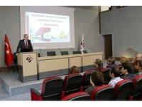 Başkan Kesikbaş, ESTÜ'deki Kariyer Günleri'nde konuştu