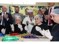 Şifa dağıtacak 6 ton mesir macununun duası yapıldı