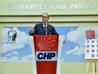 CHP'li Öztrak: Dünyanın gözü önünde rezalet yaşanıyor