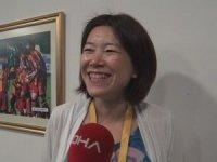 Japon gazeteci derbide İstiklal Marşı okudu