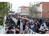 Burdur'da Gönül Sofrası geleneği devam ediyor