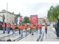 İşaret diliyle İstiklal Marşı okudular