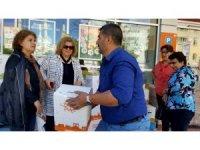 Kadınlar birliğinden gıda yardımı