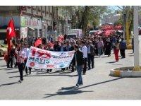 Ağrı'da Gençlik Haftası yürüyüşü düzenlendi