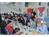 Şırnak'ta Eğitim Bir-Sen üyeleri iftarda bir araya geldi