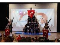 Çiğli'deki kutlamaların adresi Mektebim Okulları oldu