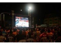 Taksim'de dev ekranda Anadolu Efes heyecanı
