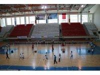 Fabrika voleybol, yeni okulunu Erzincan'da açtı