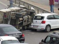 Kadıköy'de trafiği kilitleyen kaza