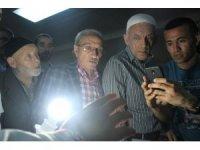 Kocaeli'de vatandaşlar 'Sakal-ı Şerif'i görebilmek için sıraya girdi