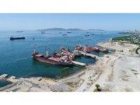 Marmara Denizi'ndeki hayalet gemilerin son durumu havadan görüntülendi
