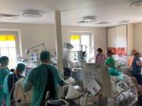 Polonya'da bir kadın altız doğurdu