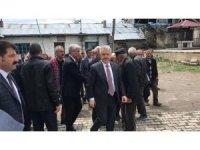 Arslan ve Kılıç arazi kavgasında 6 kişinin öldüğü köyde taziye ziyaretinde bulundu