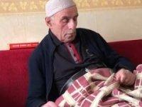 86 yaşında yanmayan sokak lambasını değiştirmek için direğe çıkınca...