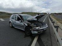 Yolcu minibüsü ile otomobil çarpıştı: 5 yaralı
