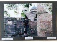Öğrenciler cep telefonu ile Talas'ta tarihi fotoğrafladılar