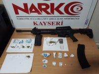 Kayseri'de uyuşturucu operasyonları: 20 gözaltı