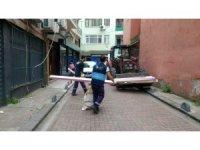 İzmit'te vatandaşlara çöp uyarısı
