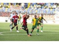 TFF 3. Lig 2. Grup Play-Off: Esenler Erokspor: 1 - Van Büyükşehir Belediyespor: 2