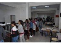 Aslanapa protokolü, Anadolu Lisesi öğrencileriyle iftar yemeğinde buluştu