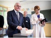 Almanya, AP'nin seçimi için sandık başında