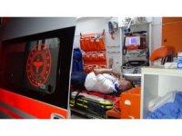 Antalya'da yolcu otobüsü ile ticari araç çarpıştı: 4 yaralı