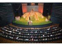Konya'da Şehir Tiyatrosu, kültür hayatının önemli bir parçası oldu