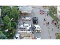 Bin polisli uyuşturucu operasyonu drone ile böyle görüntülendi