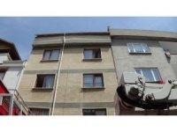 Bursa'da 6 yaşındaki çocuğu yangından komşuları kurtardı
