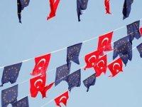 AB'ye Türkiye ile işbirliğine son ver çağrısı