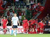 Türkiye 2-0 Fransa Avrupa basını manşetler