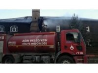 Ağrı'da itfaiye ekipleri camileri yıkadı