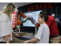 Geleceğin teknolojileri Vestel'de görücüye çıktı