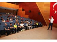 Gümüşhane'de Emniyet personeline stresle mücadele anlatıldı